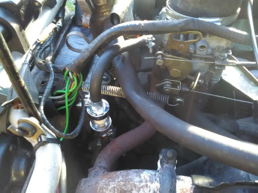 2CV fuel filter in-situ