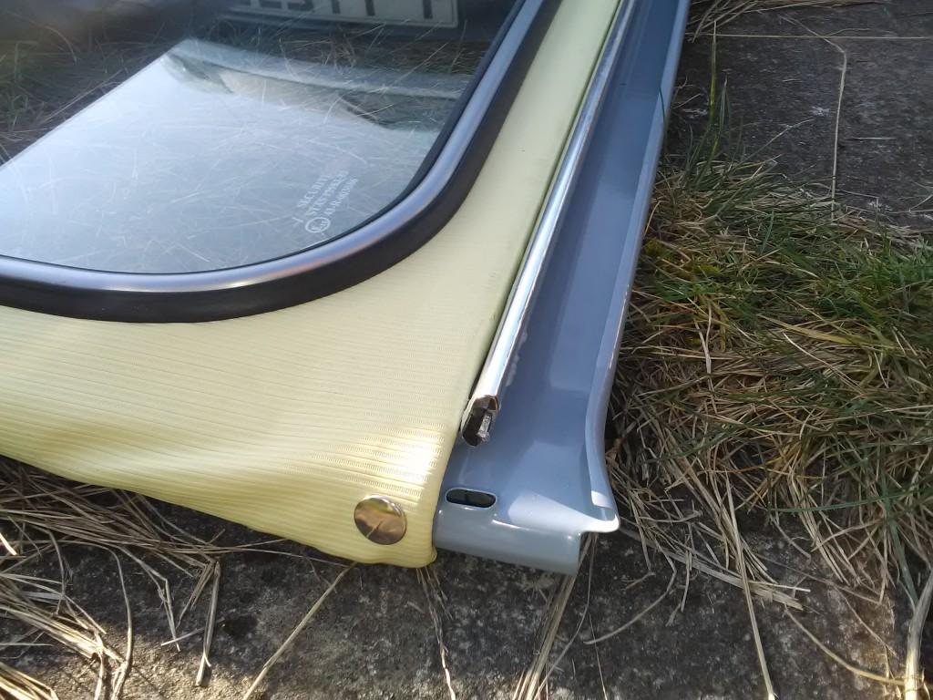 2CV boot hinge fitted to roof
