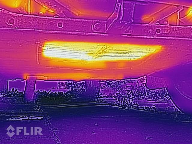 FLIR picture of a 2CV engine sump