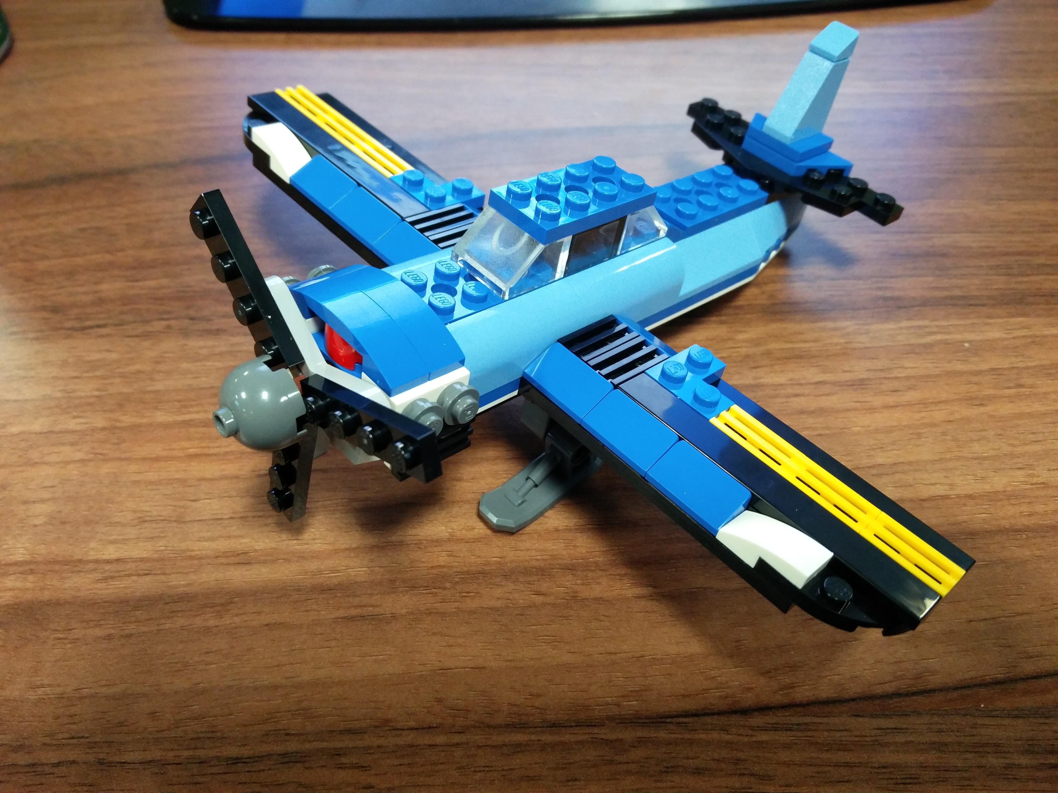 Lego creator 31049 plane
