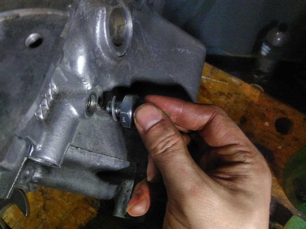 2CV low oil pressure sender fitting