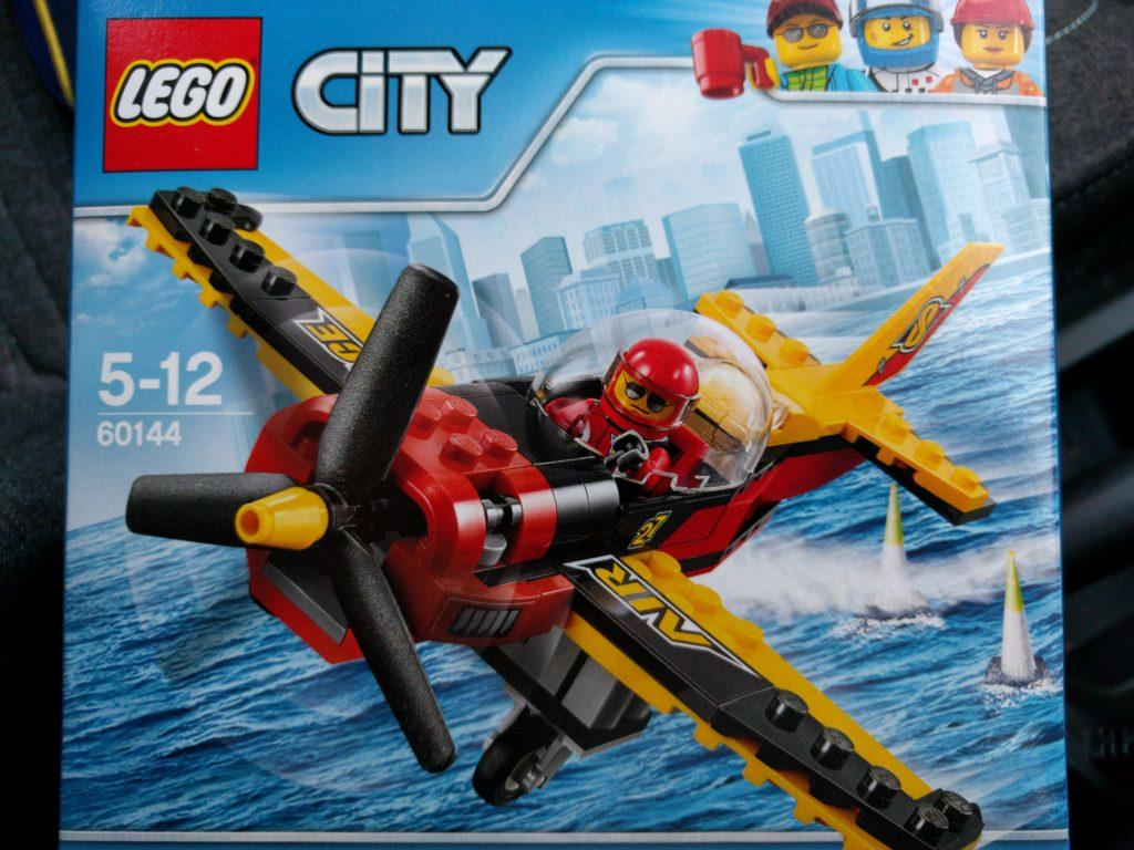 Lego Air Racer (60144) box art