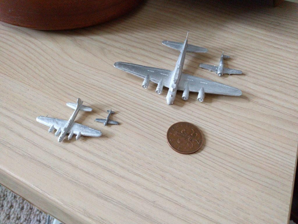 1:300 B-17 and FW 190