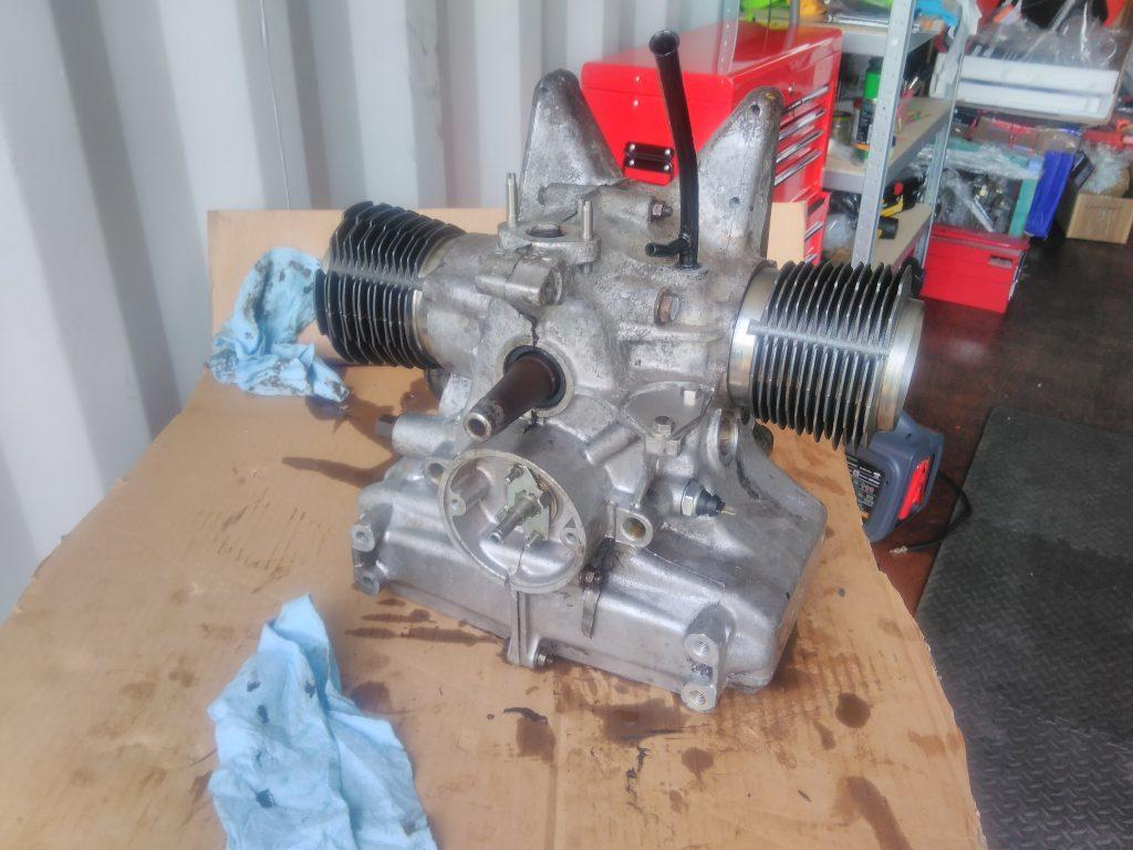 2CV engine without heads