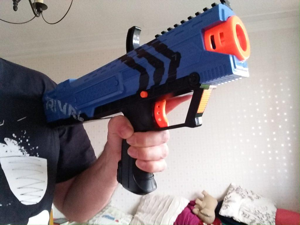 Nerf Rival Apollo shouldered