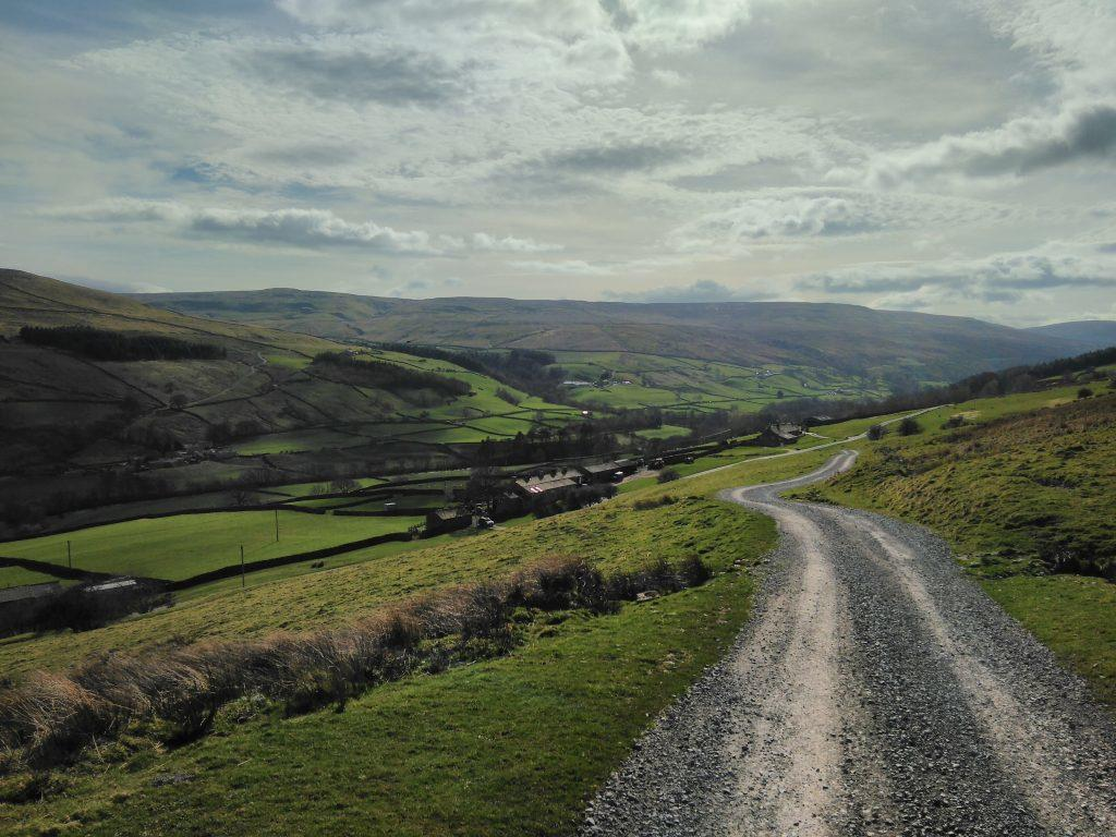 Swaledale looking West at Low Oxnop Farm