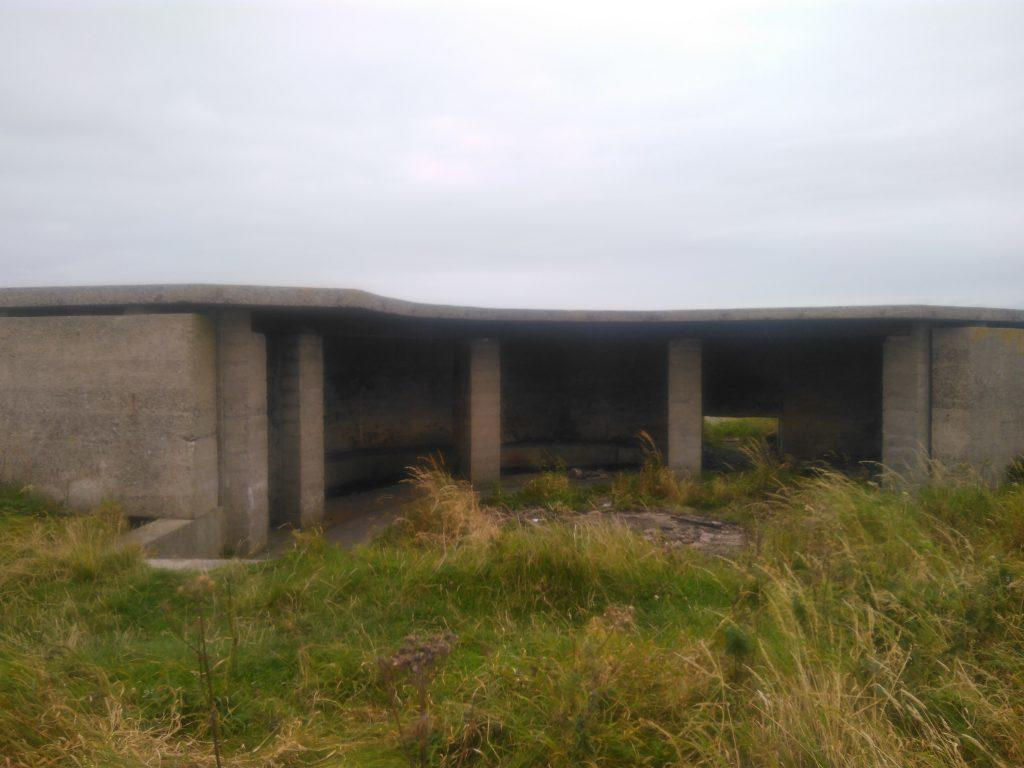 Links Battery emplacement