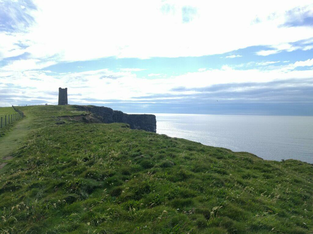 Kitchener Memorial and Markwick head